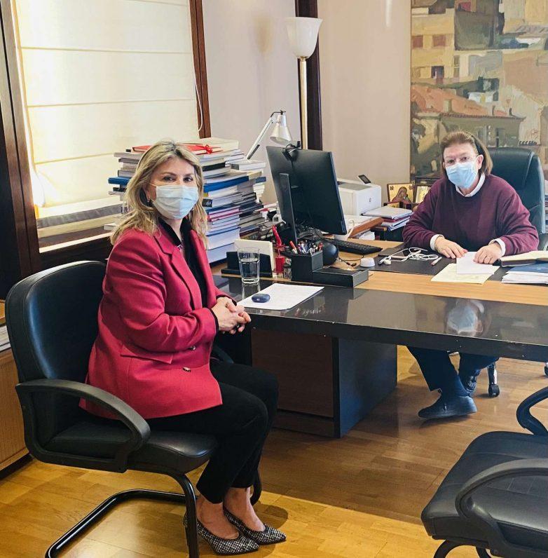 Λίνα Μενδώνη: «Θετικό το Υπουργείο στην ανάδειξη του «Μυλοτοπίου» στο Δ. Ρήγα Φεραίου»