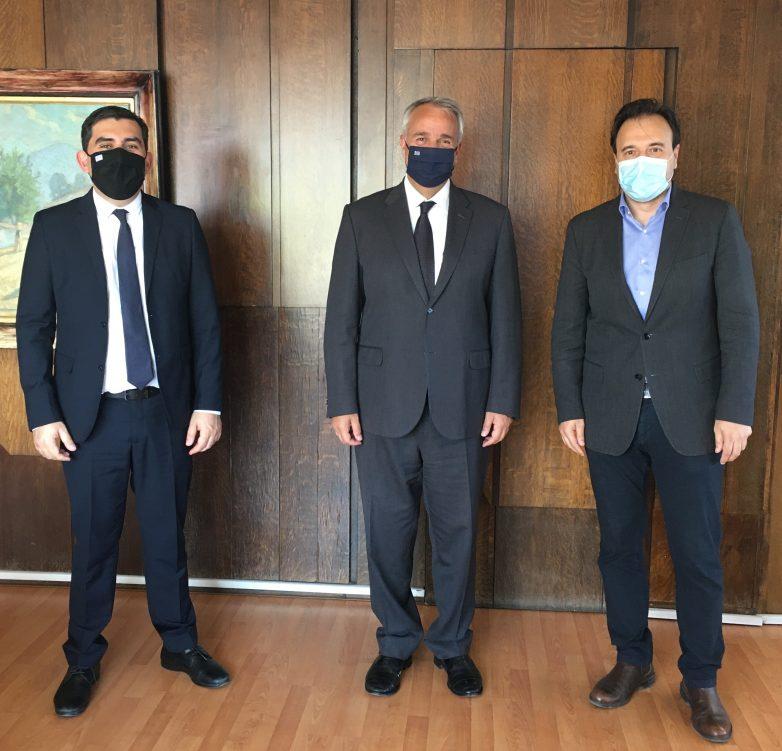 Συνάντηση εργασίας με τον υπουργό Εσωτερικών είχε ο δήμαρχος Σκιάθου