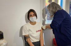 Μετάλλαξη «Δέλτα»: Οι εμβολιασμένοι μεταδίδουν όπως οι ανεμβολίαστοι