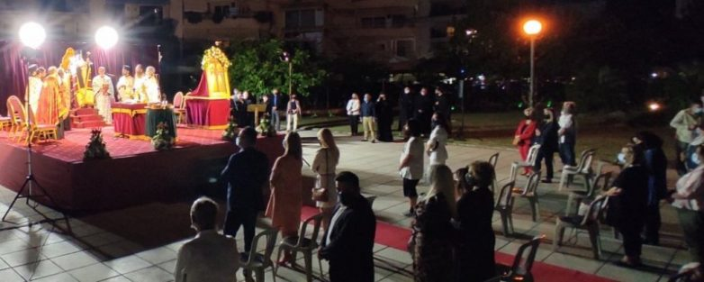Λαμπρή η πανήγυρις των Αγίων Κωνσταντίνου & Ελένης στον Βόλο