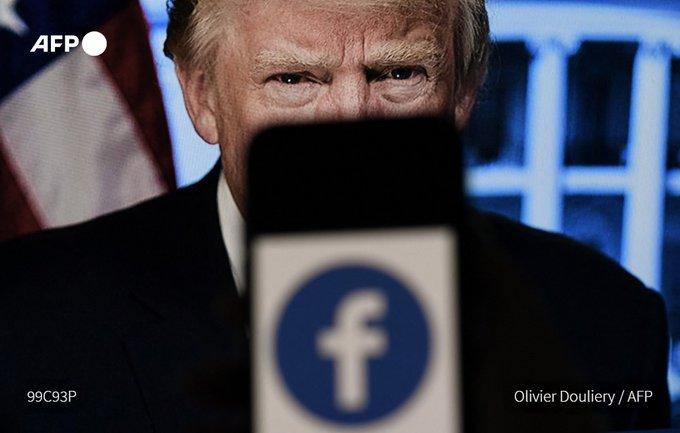 Τραμπ: «Απόλυτο όνειδος» οι αποφάσεις Facebook, Twitter και Google