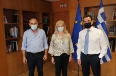 Συνάντηση συντονιστή της Αποκεντρωμένης Διοίκησης Θεσσαλίας-Στερεάς Ελλάδαςμε τον υπουργόΚ. Σκρέκα