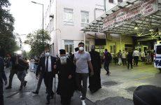 Επίθεση ιερωμένου  με βιτριόλι στη Μονή Πετράκη